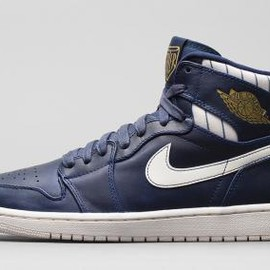 Nike - NIKE AIR JORDAN 1 RETRO JETER MIDNIGHT NAVY/METALLIC GOLD-SAIL