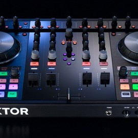 NATIVE INSTRUMENTS - New Traktor Kontrol S4 DJ systems with iOS integration
