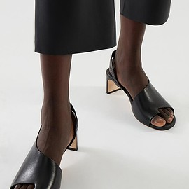 COS - LEATHER STRAPPED THONG HEEL MULES