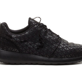 Nike - Nike Roshe Run Metric
