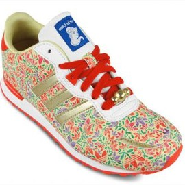 "adidas originals - DISNEY × ADIDAS ORIGINALS ZX 700 ""BEAUTY AND THE BEAST"""
