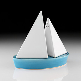 yoyo ceramics - Salt & Pepper Boat Set