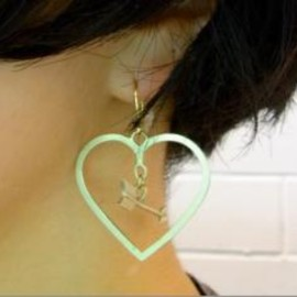 Aquvii - strike pierce -heart-