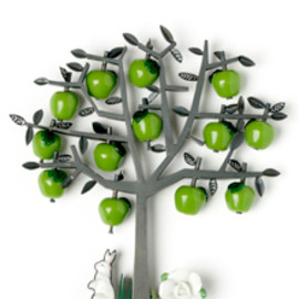Grainne Morton - apple tree brooch