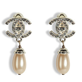 CHANEL - vintage earrings