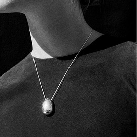 sophie buhai - GOLD EVERYDAY EGG PENDANT