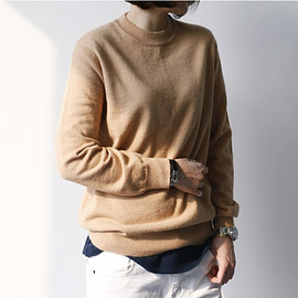 camel_sweater/style