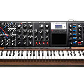 VX-351 CV Output Expander for the Minimoog Voyager