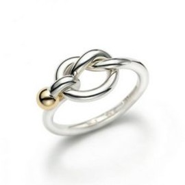 TIFFANY&Co. - Tiffany Love Knot Ring
