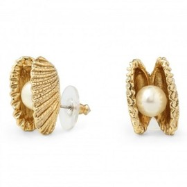 C. WONDER - C. Wonder C. Wonder jewelry New York This sophisticated yet playful pair newly interprets the classic pearl stud earring by updating its setting (and nodding to its original). The glass pearl is whimsically set in an open angel's wing shell, crafted of 14k gold plate, to replicate its enchan