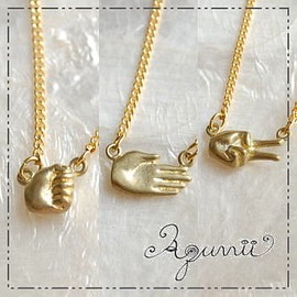 Aquvii - janken Necklace (チョキ)