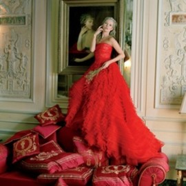 Tim Walker - vogue | Kate Moss in couture fashion in Paris at the Ritz, april 2012