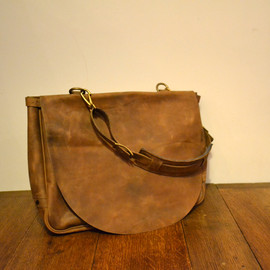 "KLASICA - KLASICA / ""mail 9"" us mail bag (Brown)"