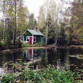 Southern Finland - Green river cottage in Southern Finland