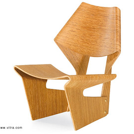 Vitra Design Museum - Laminated Chair (miniature)