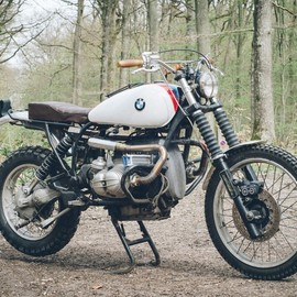 IN CLUTCH WE TRUST - 1989 BMW R100