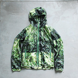 THE NORTH FACE PURPLE LABEL - Forest Print Mountain Wind Parka