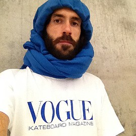 Vogue Skateboard Magazine - T-shirt