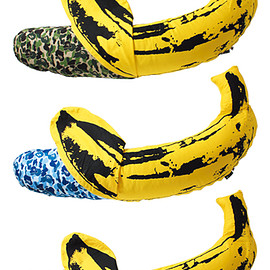 MEDICOM TOY - MLE × BAPE(R) ANDY WARHOL ABC BANANA CUSHION L(GREEN CAMO/BLUE CAMO/PINK CAMO)