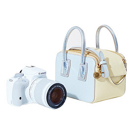 Stella McCartney × Canon - Linda bag and EOS camera