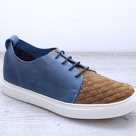 Polyforma Design Project - LOTTO Hand Woven Limited - Man's Blue,