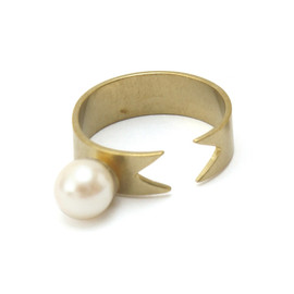 Aquvii - pearl ribbon ring