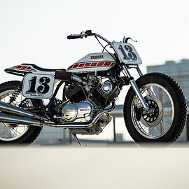 YAMAHA - XV750 Special flat track replica