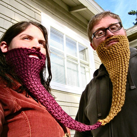 FoamyWader - peanut butter and jelly twin beard - face neck warmer