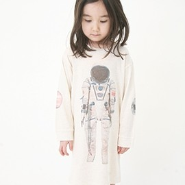 Popupshop - Astronaut sleep dress