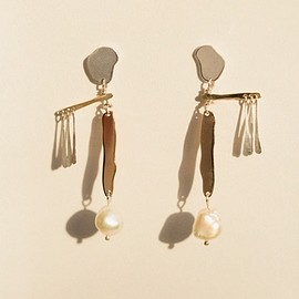 Faris - accessories - jewellery - faris - PEARL MOBILE EARRINGS