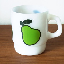 Fire King - Super Fruit Mug PEAR