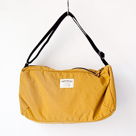 WONDER BAGGAGE - WONDER BAGGAGE / Relax shoulder : mustard × black