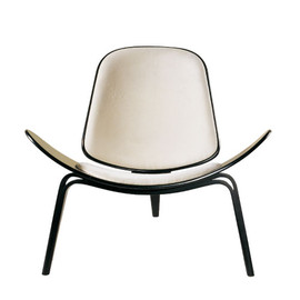Carl Hansen&Son -  Three legged Shell Chair  Hans J Wegner