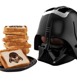 License 2 Play - Darth Vader Toaster