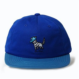 CHARI & CO - CITY CAT 6PANEL MESH SNAPBACK CAP BLUE