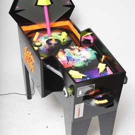 Tim Spriel - Daft Punk Pinball Machine