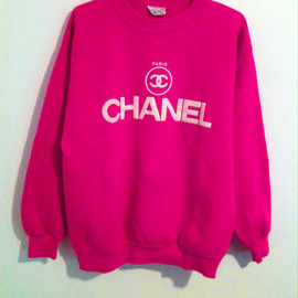 CHANEL - pretty in pink