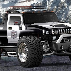 HUMMER - High Lift Police Pick-Up TRUCK