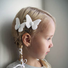 PaperdollAccessories - White Butterfly hair Clip