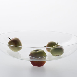 "Laurence Brabant - ""Ombilic'' glass fruit bowl"