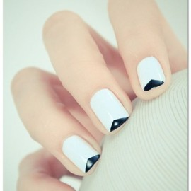 simple/nails