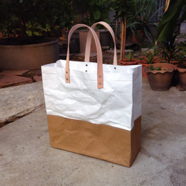 BelltaStudio - Tyvek & Kraft Shopping bag L