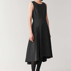 Cos - waisted dress with pleats  in black