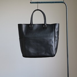 COMME des GARCONS HOMME - Oiled Smooth Leather Tote Bag #black
