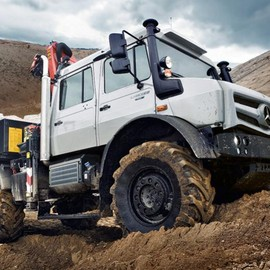 Mercedes-Benz - Mercedes-Benz Unimog U 4023 and U 5023