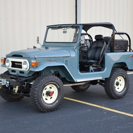 TOYOTA - 1978 Land Cruiser