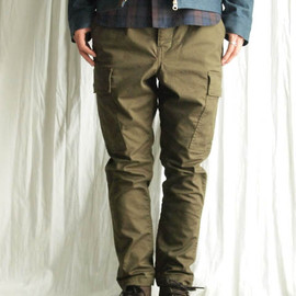 THREE BLIND MICE - ARMY BROKEN STRETCH TWILL ANKLE CARGO PANTS