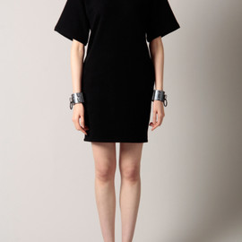 G.V.G.V. - BIG SLEEVE SWEAT DRESS