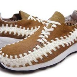 NIKE - AIR FOOTSCAPE WOVEN HIDEOUT