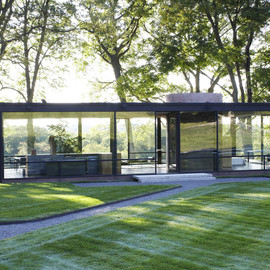 Philip Johnson - Glass House